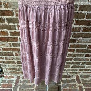 Pink/Mauve Lace Skirt - Lapis